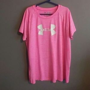 Pink under armour work out tshirt